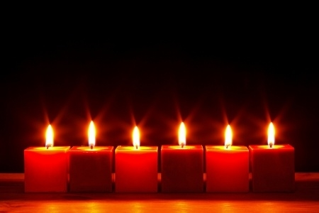 Christmas Eve Candlelight Service: December 24th